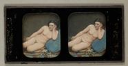 Visualizza Liegender Frauenakt auf blauem Kissen,um 1850… anteprime su
