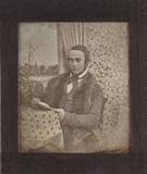 Visualizza Unbekannter Mann mit Buch neben einem gemalte… anteprime su