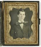 Visualizza Portret van een jonge man anteprime su