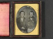 Visualizza Portrett av to unge menn i silkevest, jakke o… anteprime su