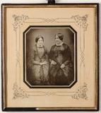 Miniaturansicht Vorschau von Zwei unbekannte Frauen