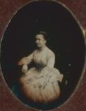 Miniaturansicht Vorschau von Porträt einer unbekannten Dame im weißen Klei…