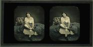 Visualizza Frau auf Bett sitzend, Frankreich anteprime su