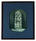 Visualizza statue of the Hindu God Vishnu seated on Garu… anteprime su