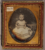 Visualizza Full length portrait of a young child in a sp… anteprime su