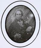 Visualizza portrait of a seated man anteprime su