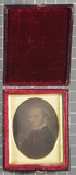 Visualizza Daguerreotype of an unknown man. The man is s… anteprime su