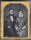 Thumbnail preview of Porträt eines unbekannten Ehepaares, Kniestüc…