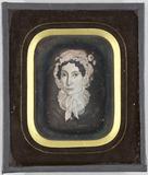 Miniaturansicht Vorschau von Gemäldereproduktion einer Frau mit weißer Hau…