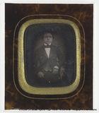 Prévisualisation de Portrait d'Emile Hugonin (grand oncle du dona… imagettes