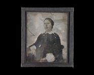 Visualizza Portrett av en kvinne. Portrait of a woman. anteprime su