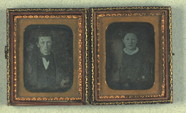 Thumbnail preview of To portrætter af uidentificeret mand og kvind…
