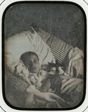 Visualizza Portrait d'une jeune fille morte, allongée da… anteprime su