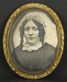 Thumbnail preview of Portrait de femme, en buste, de trois-quarts …
