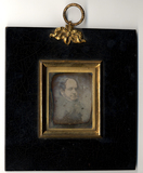 Visualizza Portrait of a man in three quarter view. anteprime su