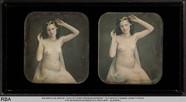Visualizza Weiblicher Akt mit Kopfschmuck und Münzen anteprime su