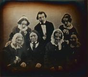 Visualizza Porträt einer siebenköpfigen Familie Boguslaw… anteprime su