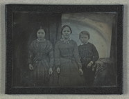 Stručný náhled Group portrait of unidentified children