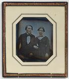 Visualizza Portrait of sitting couple, Gustaf Jernberg a… anteprime su