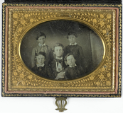 Visualizza Portret van een vader en vier zoons anteprime su