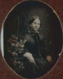 Visualizza Porträt einer unbekannten Dame mit Efeu.  anteprime su