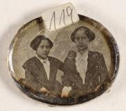 Thumbnail preview of Zwei unbekannte Frauen