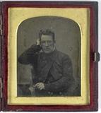 Prévisualisation de Portret van een man met bril imagettes