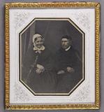 Prévisualisation de Bildnis eines Ehepaares, sie mit weißer Haube… imagettes