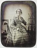 Visualizza Frau mit Stricksachen. Dieses hervorragende P… anteprime su