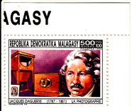 Prévisualisation de commemorative postal stamp from the Republic … imagettes