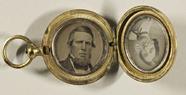 Miniaturansicht Vorschau von Portrait eines Mannes mit Kinnbart und einer …