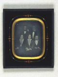 Visualizza Group portrait of Lauritz, Jørgen, Christine … anteprime su