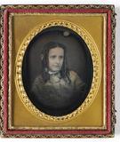 Prévisualisation de Die Halskette des porträtierten Mädchens ist … imagettes