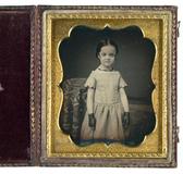 Thumbnail preview van Das eigenwillige Mädchen mit den Tüllhandschu…