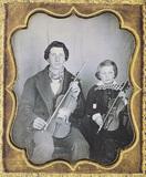 Visualizza Zwei Violonisten. Auf dieser seitenrichtigen … anteprime su