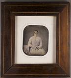 Prévisualisation de Bildnis einer Frau mit Buch in den Händen, am… imagettes