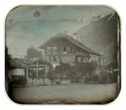 Thumbnail preview of Maison d'habitation à toit en quart de croupe…
