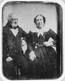 Visualizza portrait of an elderly seated couple anteprime su