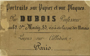 Visualizza photographer label of M. Dubois, professeur a… anteprime su