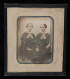Visualizza Portrait of the sisters Adelgunde and Jutta B… anteprime su