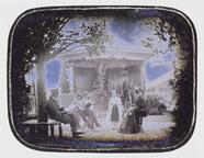 Visualizza Familie Baumgartner vor Gartenpavillon anteprime su