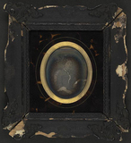 Visualizza Portrait of Mrs. Fabritius sitting on a chair… anteprime su