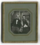 Miniaturansicht Vorschau von En face Porträts zweier unbekannter Herren mi…