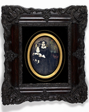 Visualizza portrait of a woman and child anteprime su