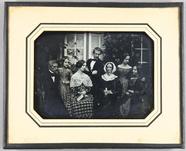 Visualizza Familienbild mit 7 Personen, Großmutter, Elte… anteprime su