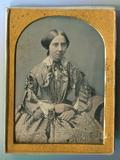 Visualizza Uncased daguerreotype portrait of young woman… anteprime su