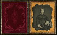 Visualizza Three quarter length frontal portrait of seat… anteprime su
