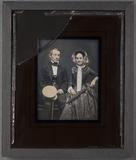 Visualizza Portrait of well dressed couple, Fredrik Bern… anteprime su