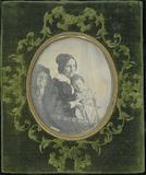 Visualizza Three-quarter lenght portrait of Luigia Vigon… anteprime su