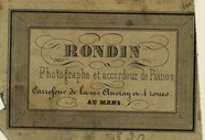Visualizza photographer labels of Mr Rondin, a Mans, Fra… anteprime su